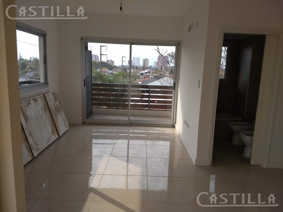 Foto Departamento en Alquiler en  Ciudad De Tigre,  Tigre  Albarellos al 1200