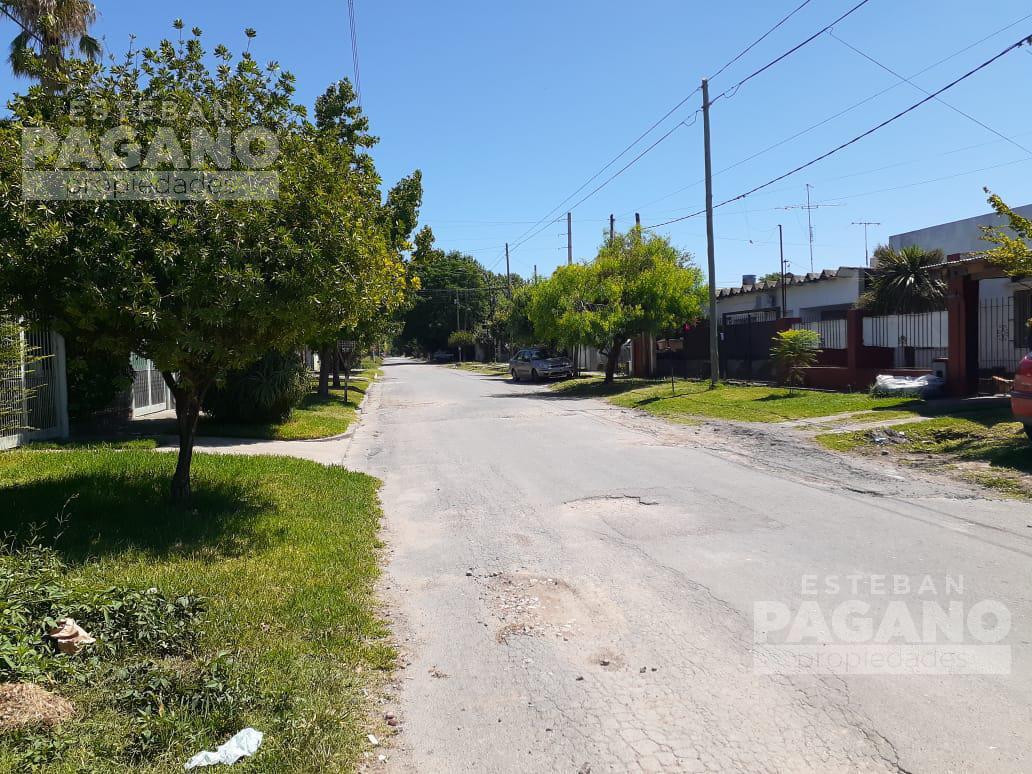 Foto Terreno en Venta en  Villa Elvira,  La Plata  607 10 y 11