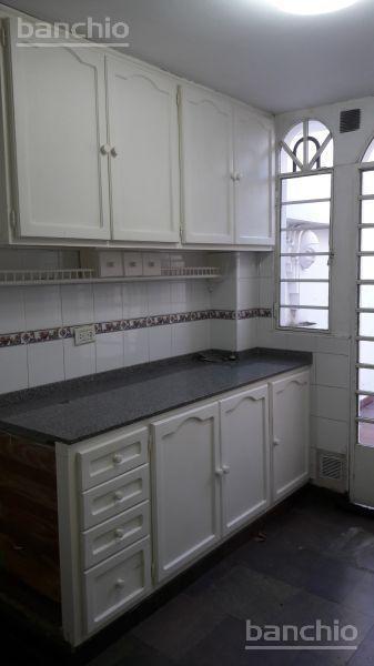 MATHEU  al 400, Rosario, Santa Fe. Venta de Casas - Banchio Propiedades. Inmobiliaria en Rosario