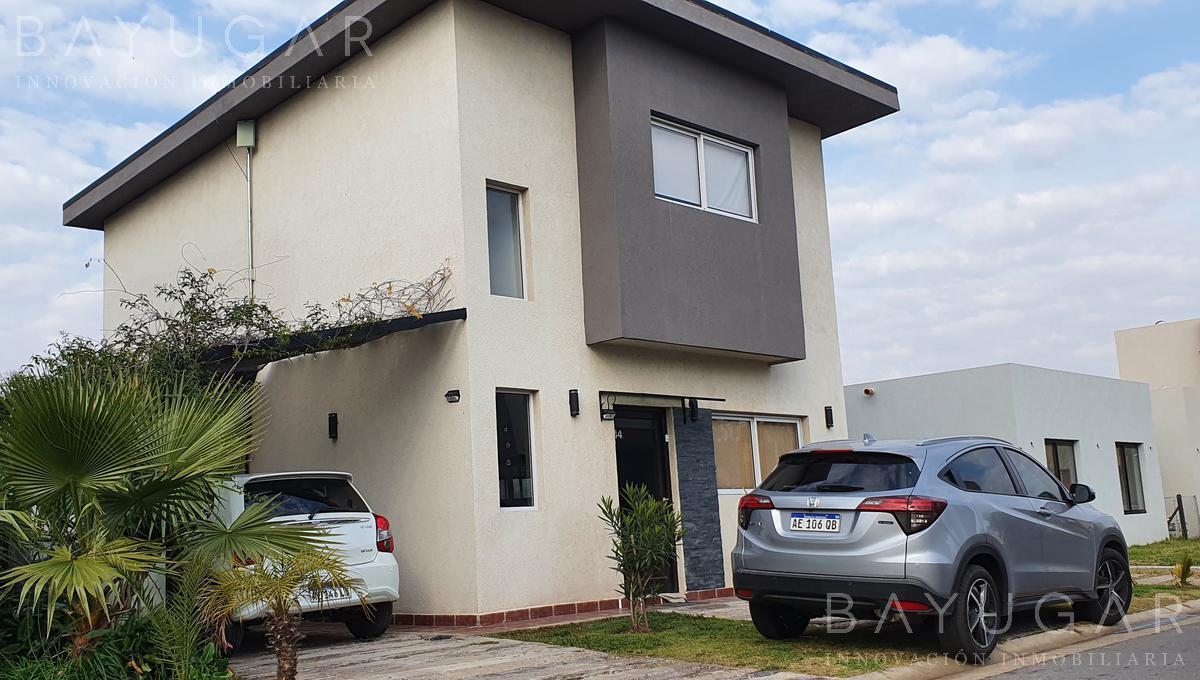 Foto Casa en Venta en  Barrio El Aljibe,  Countries/B.Cerrado (Manzanares)  Venta| Casa en El Aljibe| Bayugar Negocios Inmobiliarios