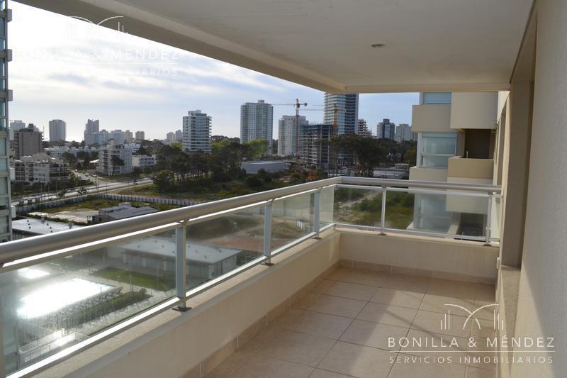 Foto Apartamento en Venta en  Playa Brava,  Punta del Este  Rambla Brava y parada 9