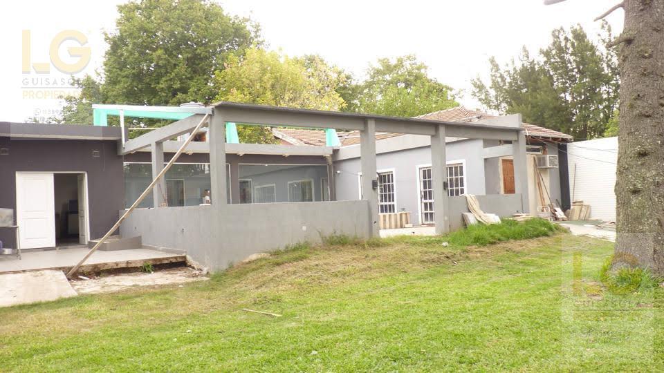 Foto Local en Venta | Alquiler en  Bosques,  Florencio Varela  Patagones 1060