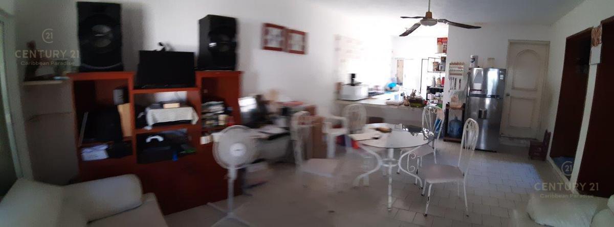 Playa del Carmen Centro House for Sale scene image 14