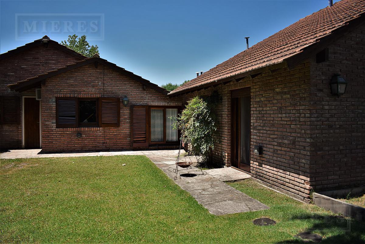 Mieres Propiedades - Casa de 300 mts en Los Lagartos C.C.