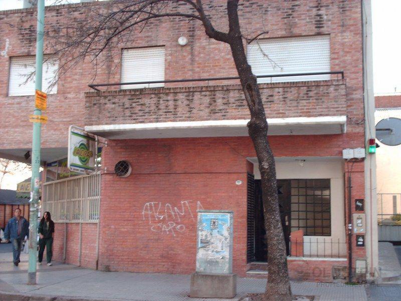 Foto PH en Alquiler en  Villa Crespo ,  Capital Federal  VERA al 900