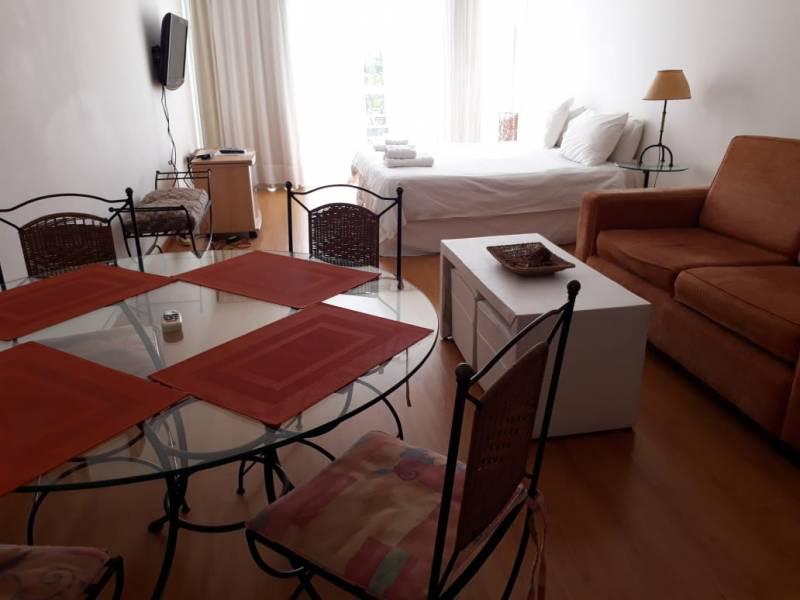 Foto Departamento en Alquiler en  Concord Pilar,  Countries/B.Cerrado (Pilar)  Valentin Gomez  al 200