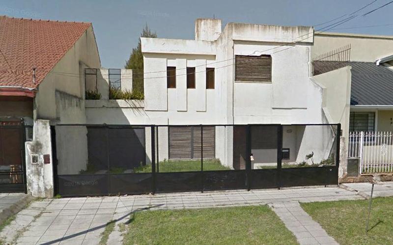 Foto Casa en Venta en  Banfield,  Lomas De Zamora  Matheu 1427