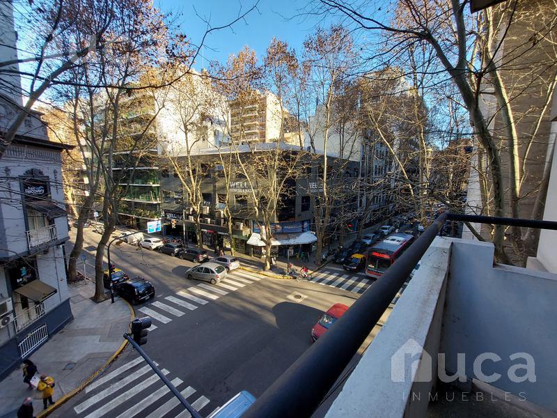 Foto Departamento en Venta en  Botanico,  Palermo  Reciclado a estrenar con dos dormitorios y dos balcones  - Arenales al 3700
