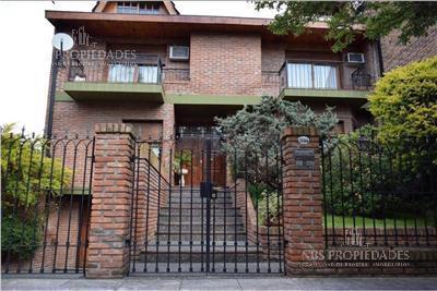 Foto Casa en Venta en  Nuñez ,  Capital Federal  Ruiz Huidobro al 1800