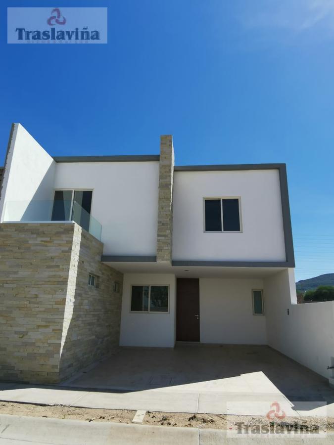 Foto Casa en Venta    en  Residencial Sierra Nogal,  León  Cedro al 200