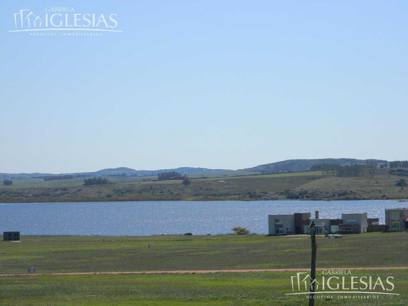 Terreno en Venta  en Maldonado Punta del Este Lago de los Cisnes