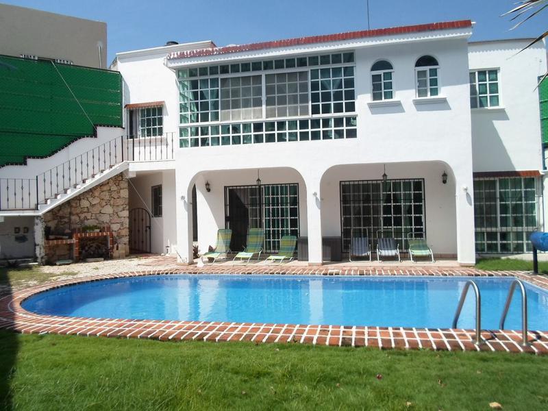 Foto Casa en Venta en  Supermanzana 50,  Cancún  Se Vende Casa en Cancun 8 Recamaras Sm 50