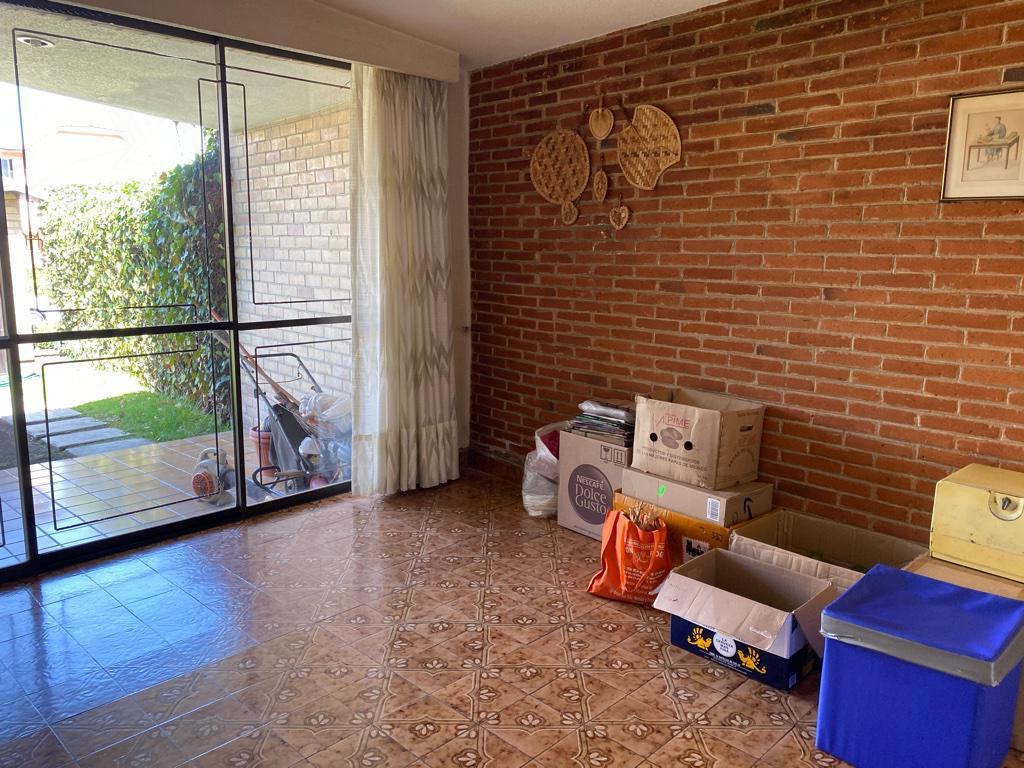 Foto Casa en Venta en  Bosques de la Herradura,  Huixquilucan  Bosques de la Herradura casa a la venta para remodelar, con JARDIN y TERRAZA (GR)