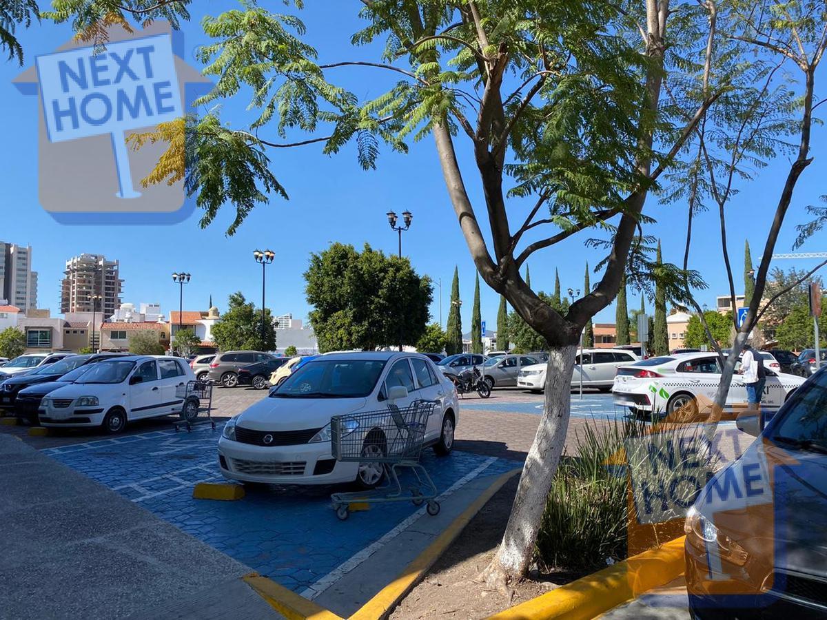 Foto Local en Renta en  Milenio,  Querétaro  RENTA LOCAL en PLAZA COMERCIAL