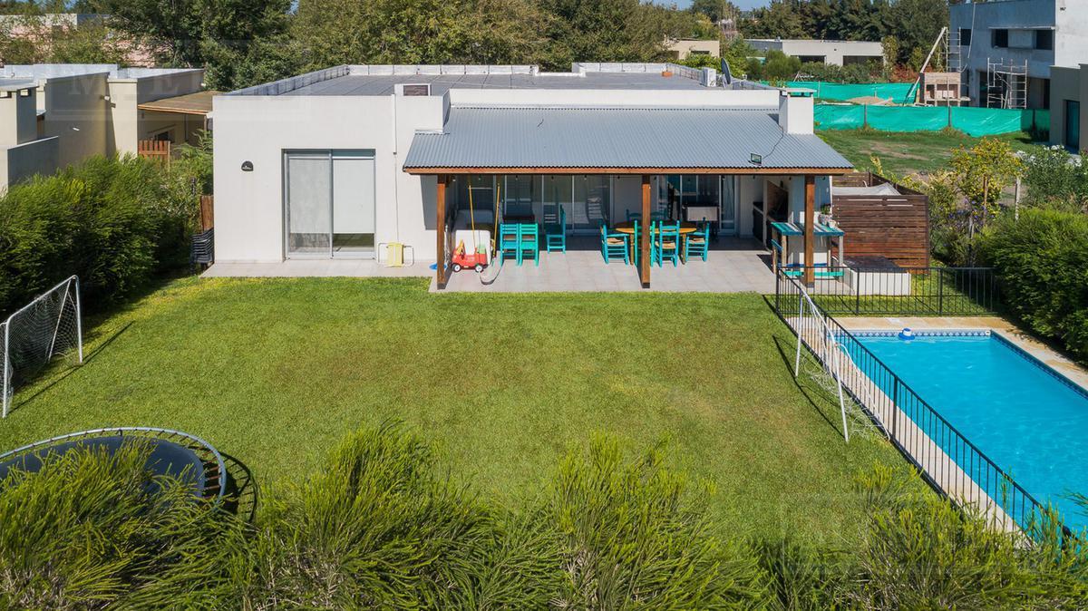 Casa en venta en  La Comarca