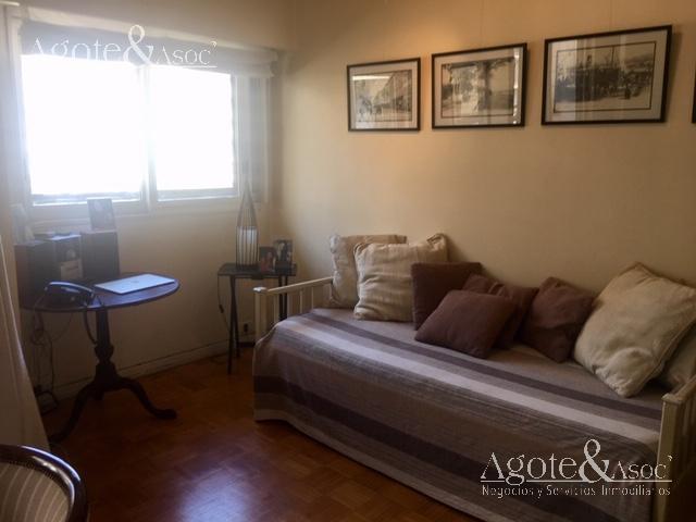 Foto Departamento en Alquiler en  Recoleta ,  Capital Federal  Ayacucho 1800