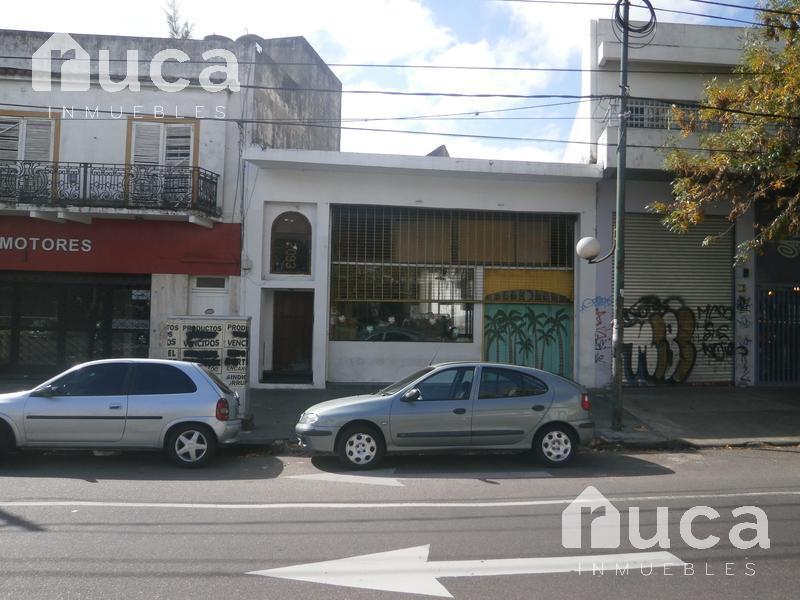 Foto Local en Alquiler en  Beccar,  San Isidro  Av Centenario 2100