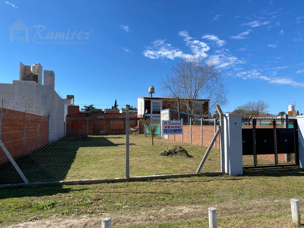 Foto Casa en Venta en  Francisco Alvarez,  Moreno  Vidt al 1000