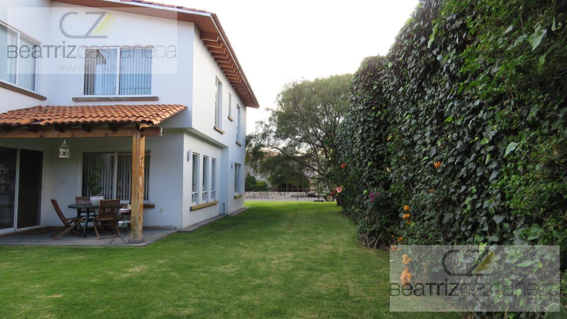 Foto Casa en Venta en  Cuesco,  Pachuca  CASA DOS NIVELES, VALLE DE SAN JAVIER, PACHUCA