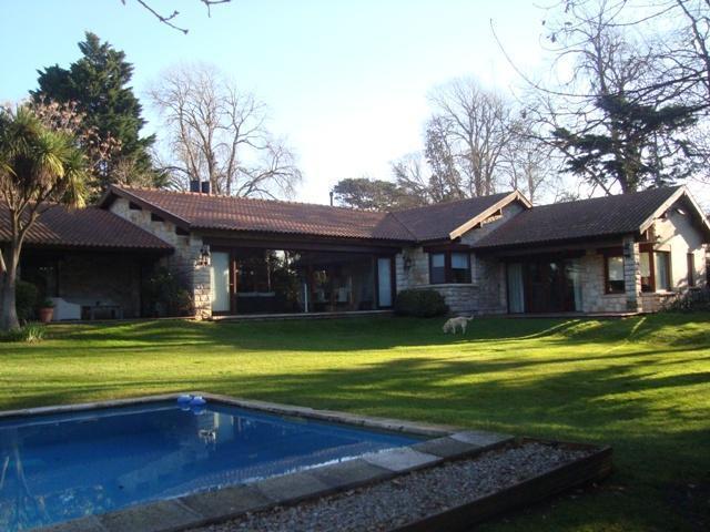 Foto Casa en Venta en  Mar Del Plata ,  Costa Atlantica  Las Heras 3600