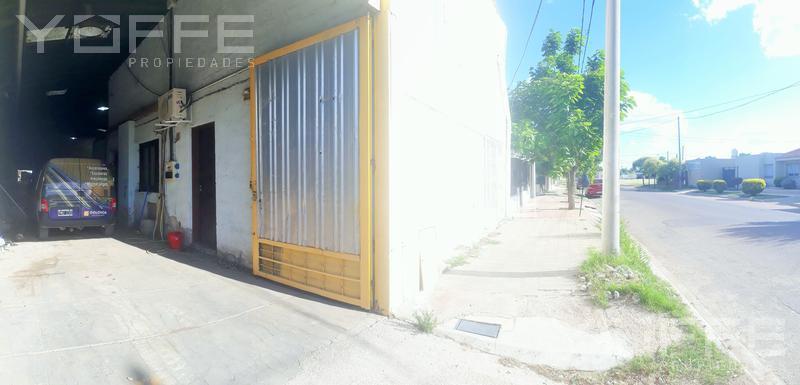 Foto Galpón en Venta en  Colonia Escalante Sur,  Santa Rosa  Colonia Escalante Sur