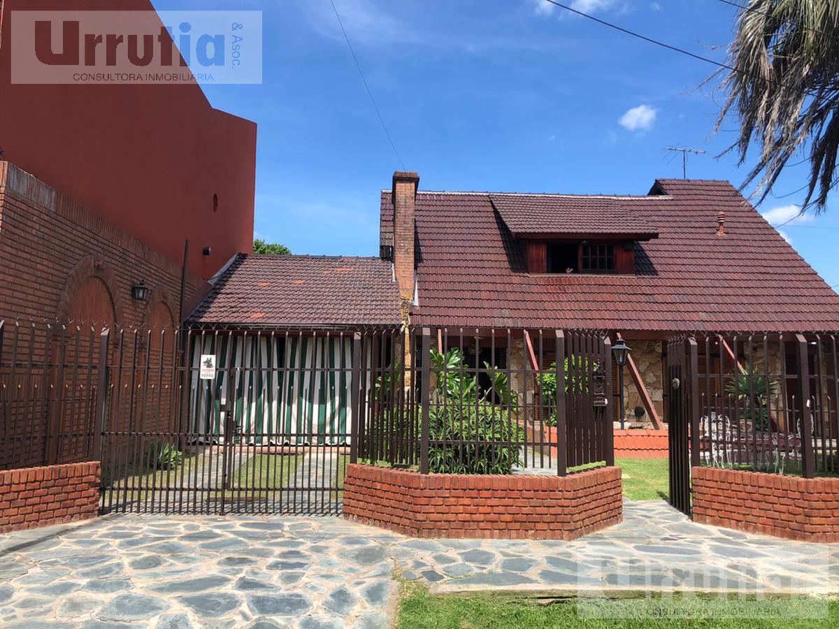 Foto Casa en Venta en  Villa Santos Tesei,  Hurlingham  Vasco Nuñez Balboa al 400