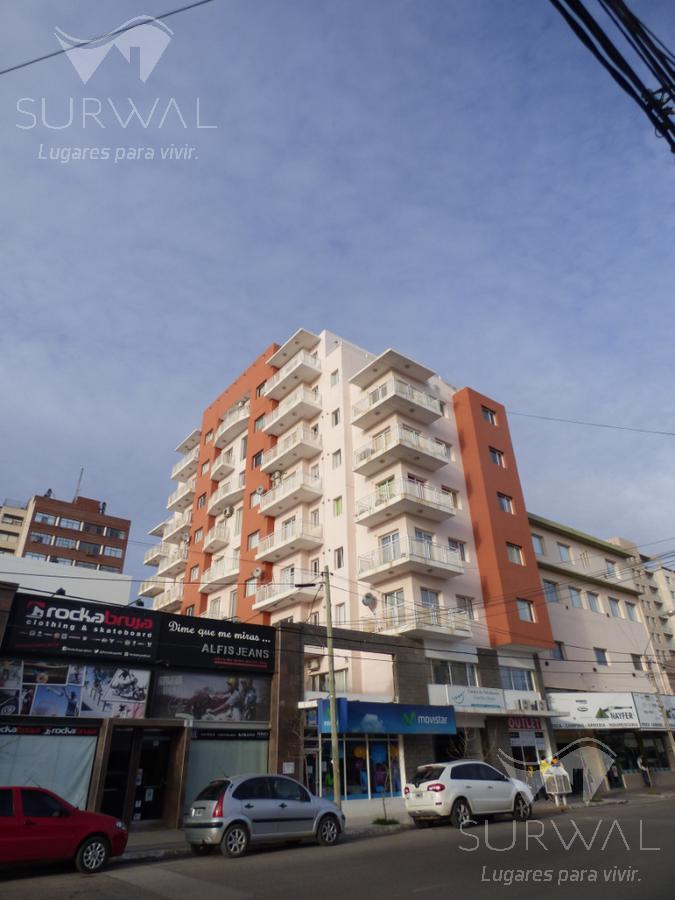 Foto Departamento en Alquiler en  Puerto Madryn,  Biedma  25 de Mayo 364 - Ed. Víctor Paredes 6°