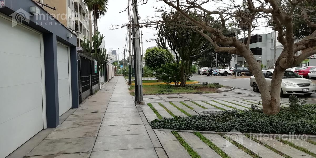 Foto Departamento en Venta en  Barranco,  Lima                  San Martin frente al club Tennis - 2do piso