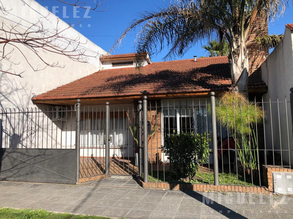 Foto Casa en Venta en  Lomas De Zamora ,  G.B.A. Zona Sur  PEDERNERA 2471, LOMAS DE ZAMORA