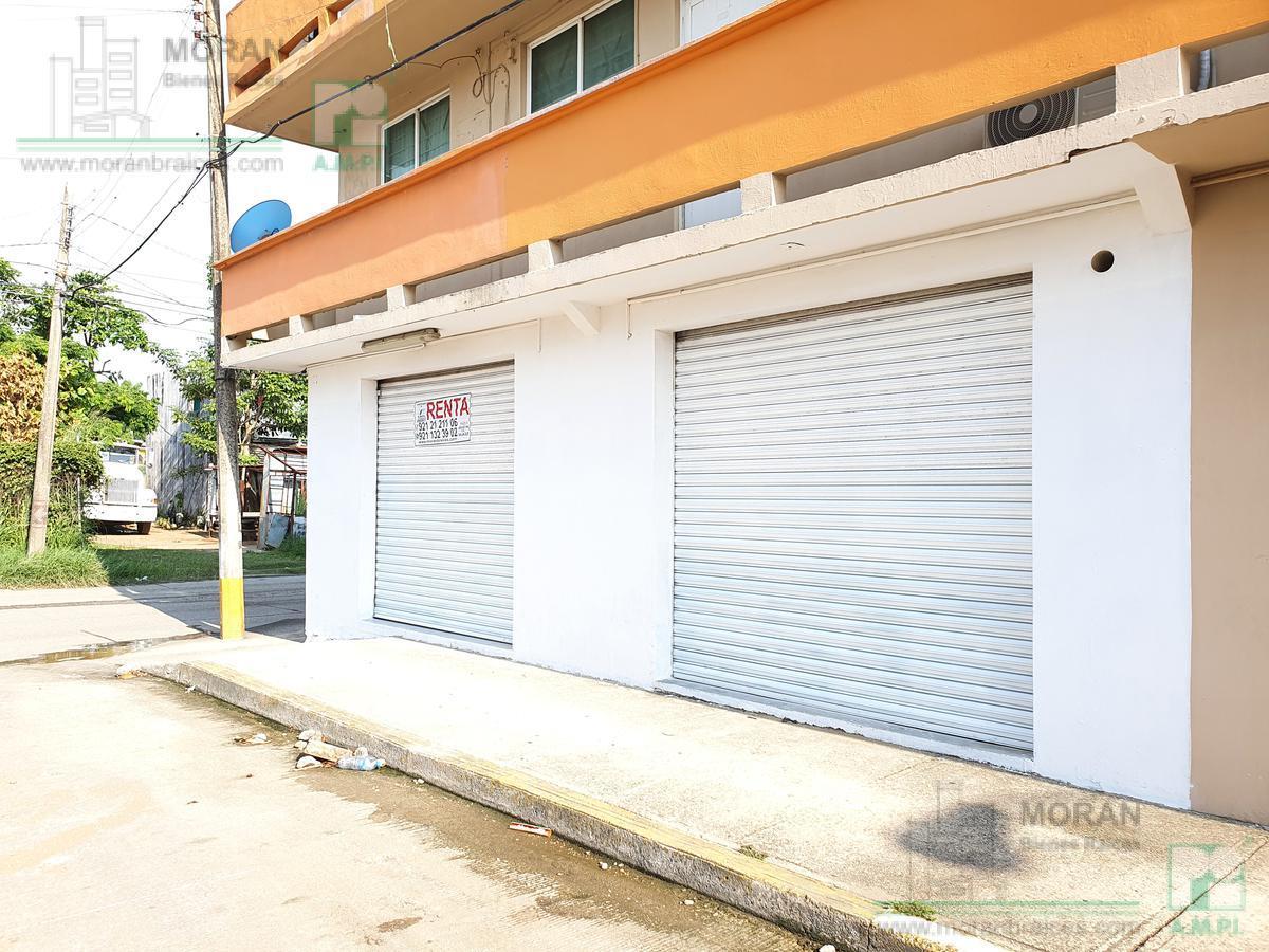 Foto Local en Renta en  Coatzacoalcos ,  Veracruz  Calle Cristóbal Colón No. 101 esq. Juan de Grijalva Locales A y B, Colonia Rafael Hernández Ochoa, Coatzacoalcos, Ver.