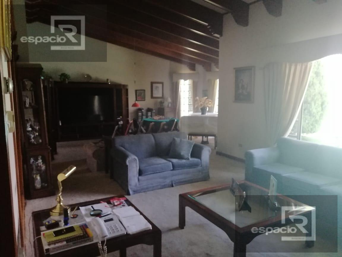 Foto Casa en Venta en  Lomas del Santuario,  Chihuahua  CASA EN VENTA EN LOMAS DEL SANTUARIO DE UNA PLANTA CON ALBERCA