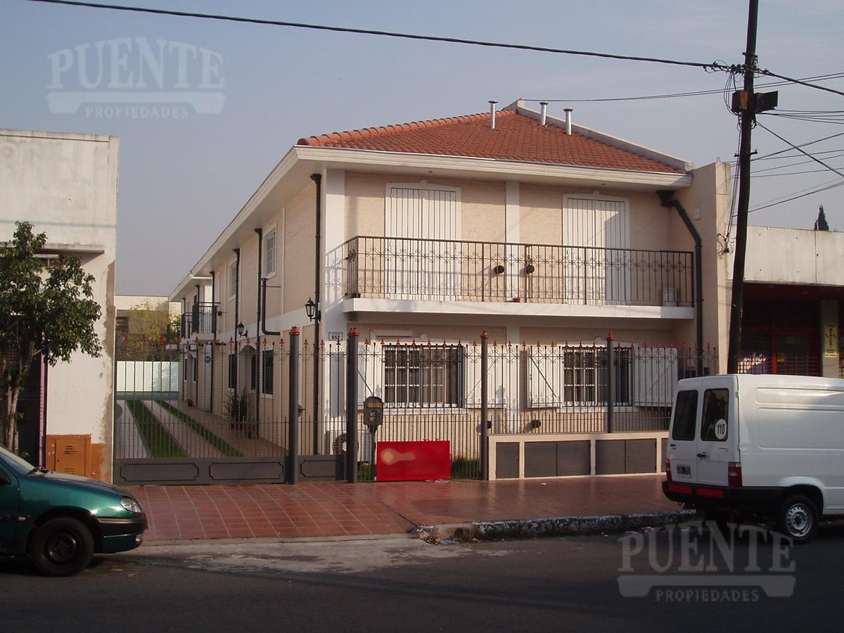 Foto Departamento en Alquiler en  Lomas de Zamora Este,  Lomas De Zamora  Laprida Nº 852 Planta baja  Dto. 3
