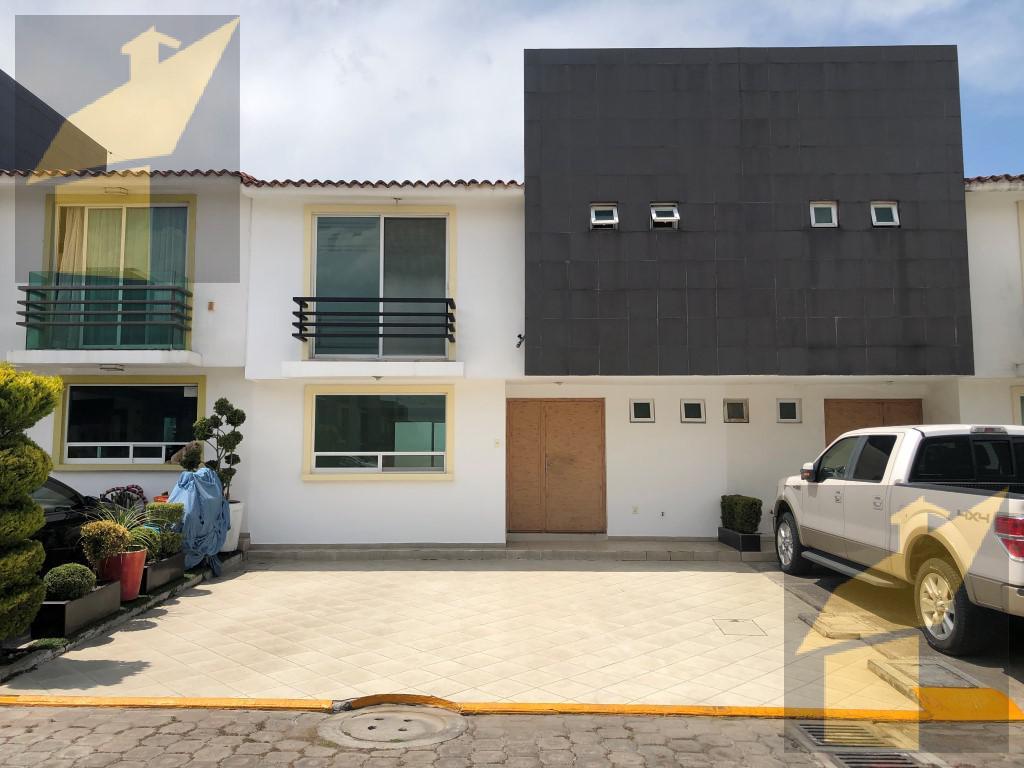Foto Casa en condominio en Venta en  Alteza,  Metepec  Alteza