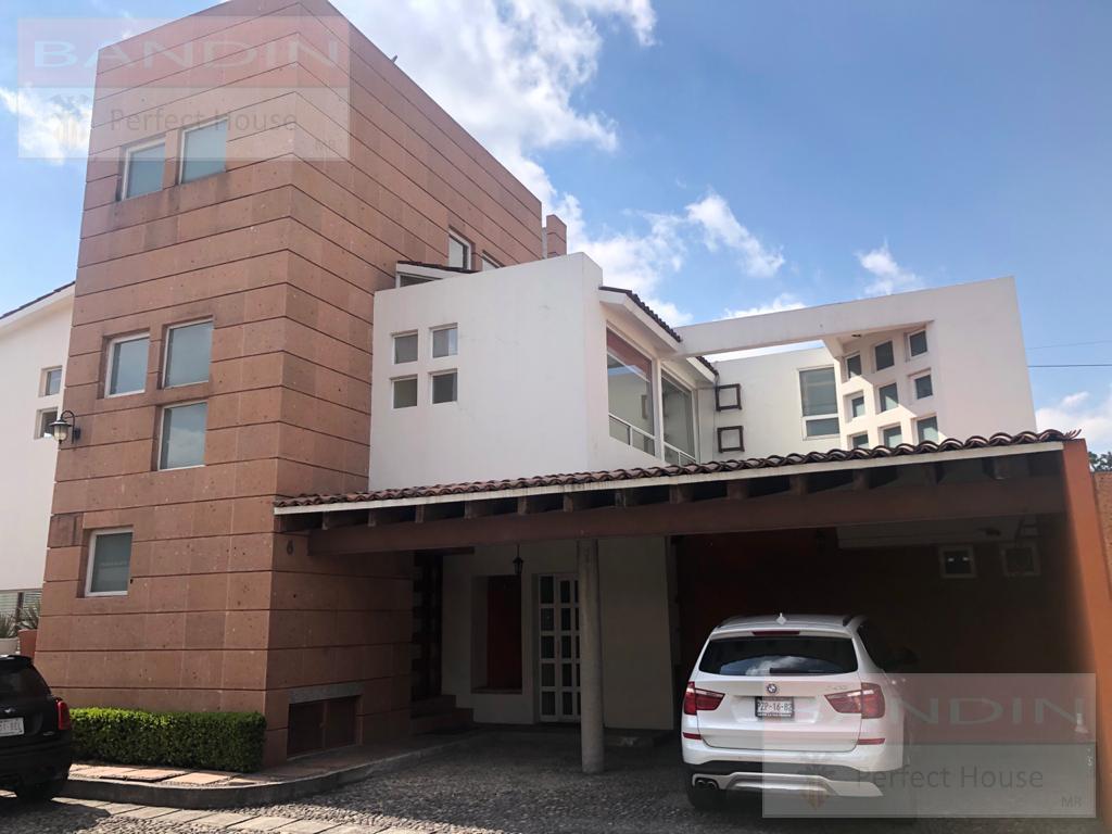 Foto Casa en condominio en Venta en  Metepec ,  Edo. de México  Casa en Venta Villas Regina