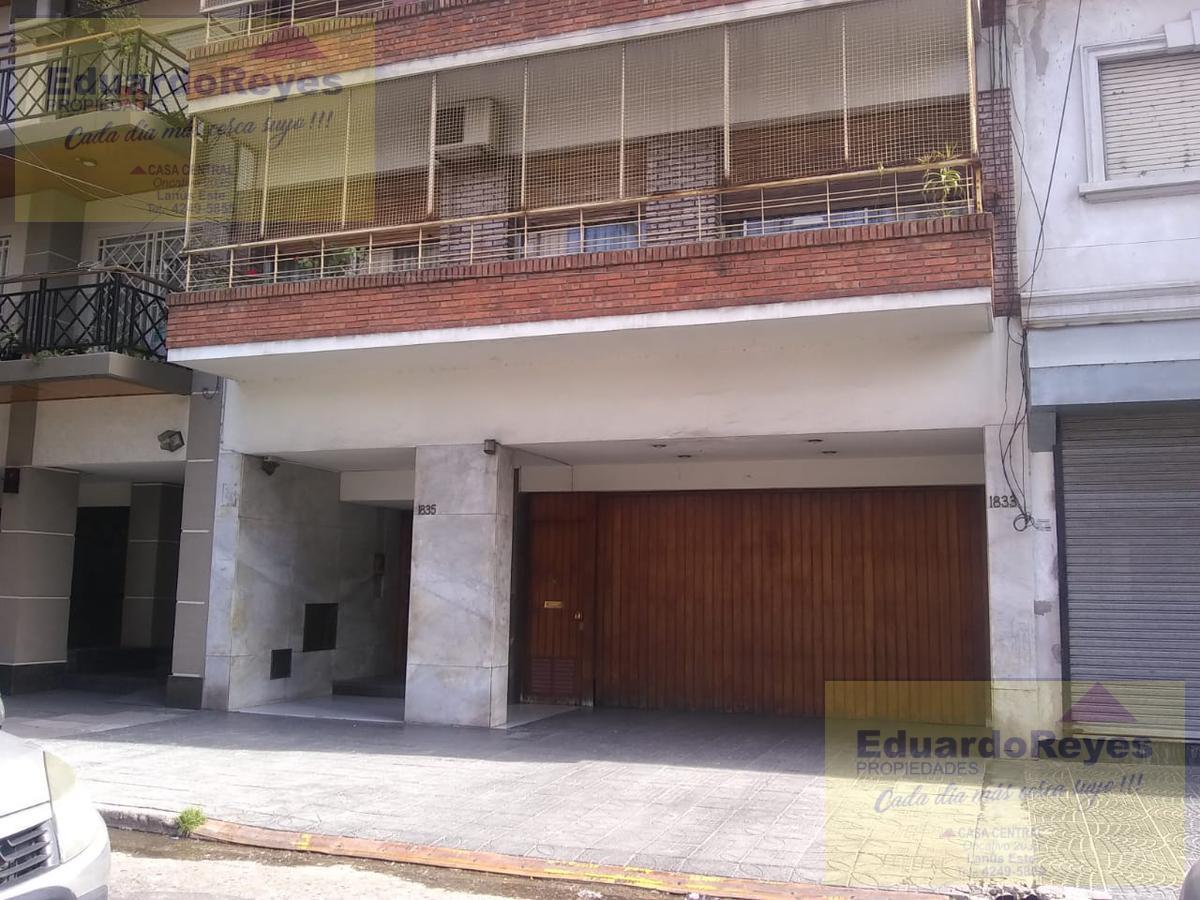 Foto Departamento en Venta en  Lanús Este,  Lanús  ANATOLE FRANCE 1835  1° PISO  A