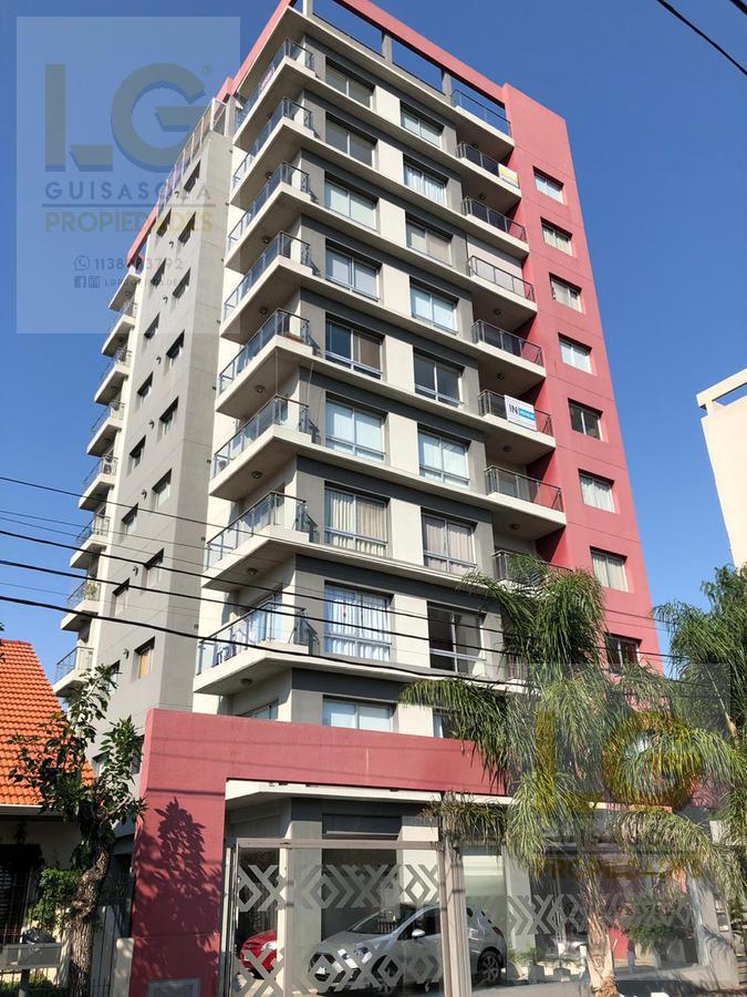 Foto Departamento en Venta en  Berazategui,  Berazategui  151 1234