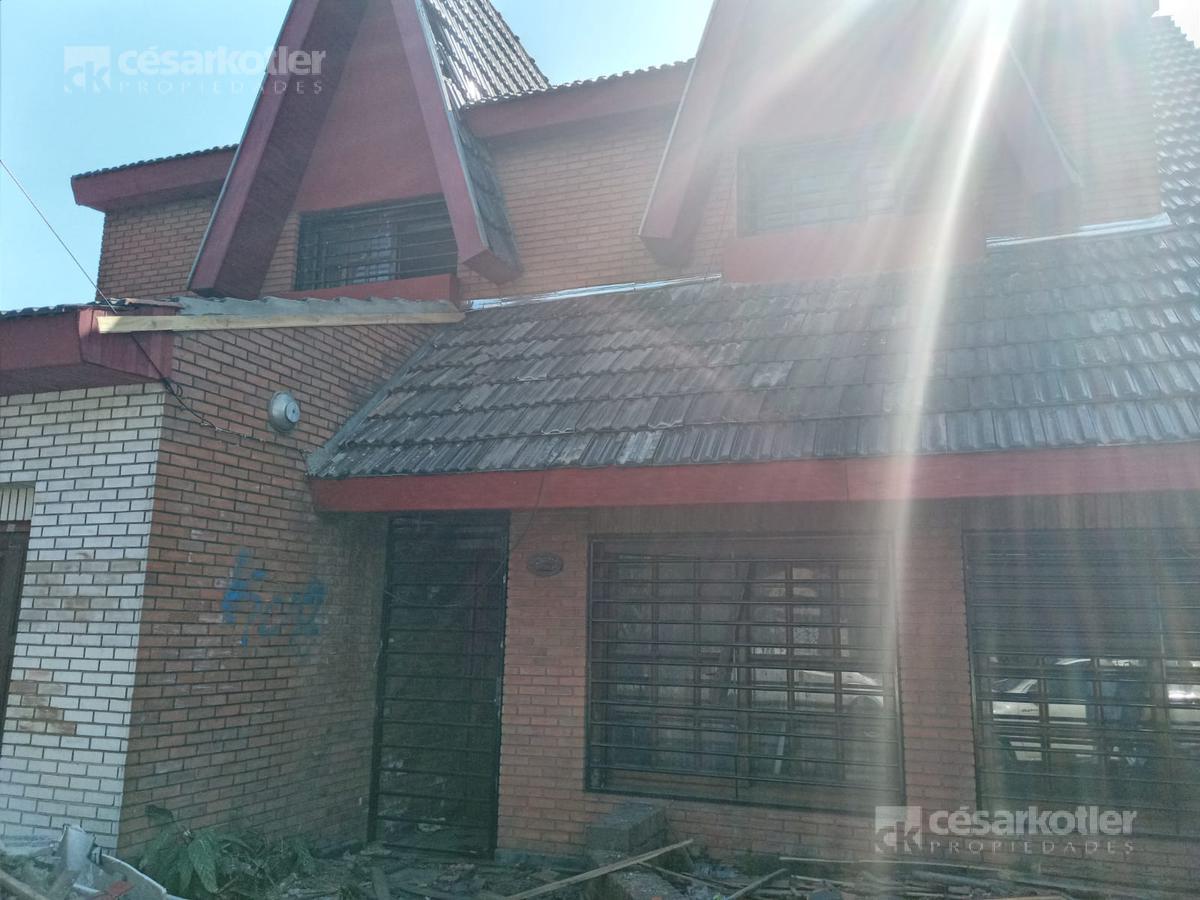 Foto Casa en Venta en  Temperley Este,  Temperley  Condarco 1260
