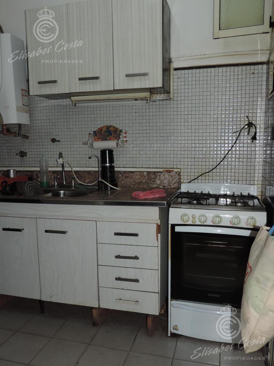 Foto PH en Venta en  Lanús Este,  Lanús  Pringles al 800