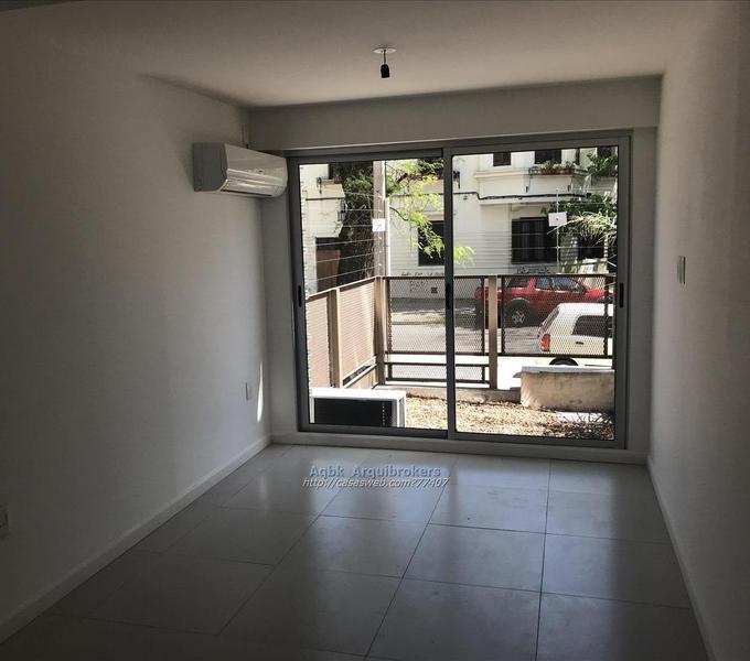 Foto Apartamento en Alquiler en  Punta Carretas ,  Montevideo  Apartamento monoambiente en venta y alquiler en Punta Carretas