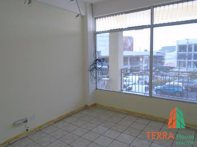 Foto Local en Renta en  Escazu,  Escazu  SE ALQUILA, LOCAL COMERCIAL PARA OFICINAS 55 M2, (2) JP