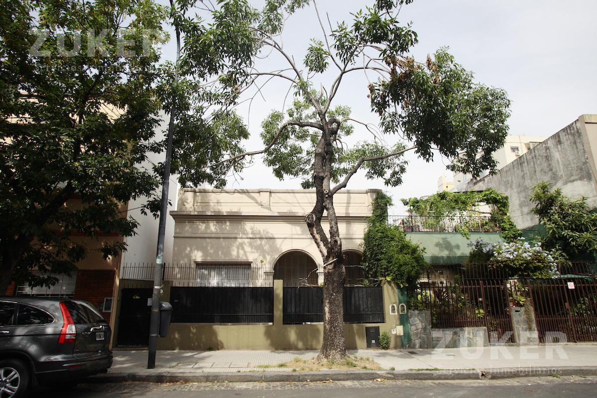 Foto Casa en Venta en  Saavedra ,  Capital Federal  Tronador al 4100
