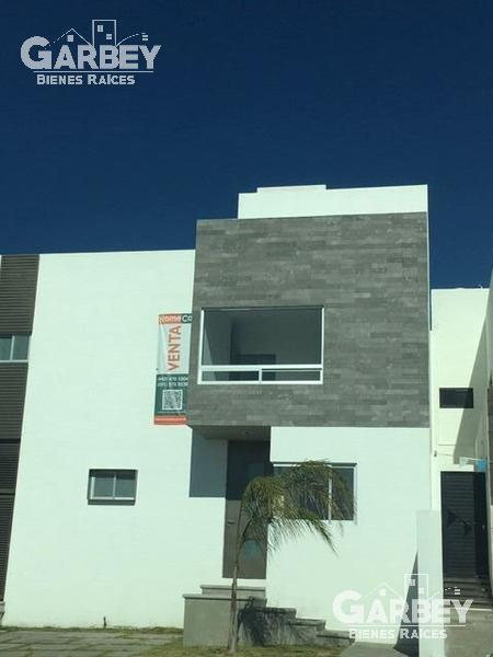Foto Casa en condominio en Venta en  Colinas de Juriquilla,  Querétaro  CASA EN VENTA EN COLINAS DE JURIQUILLA
