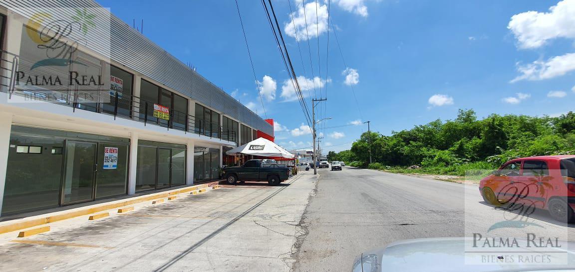 Foto Local en Renta en  Región 516,  Cancún  Av. Politécnico