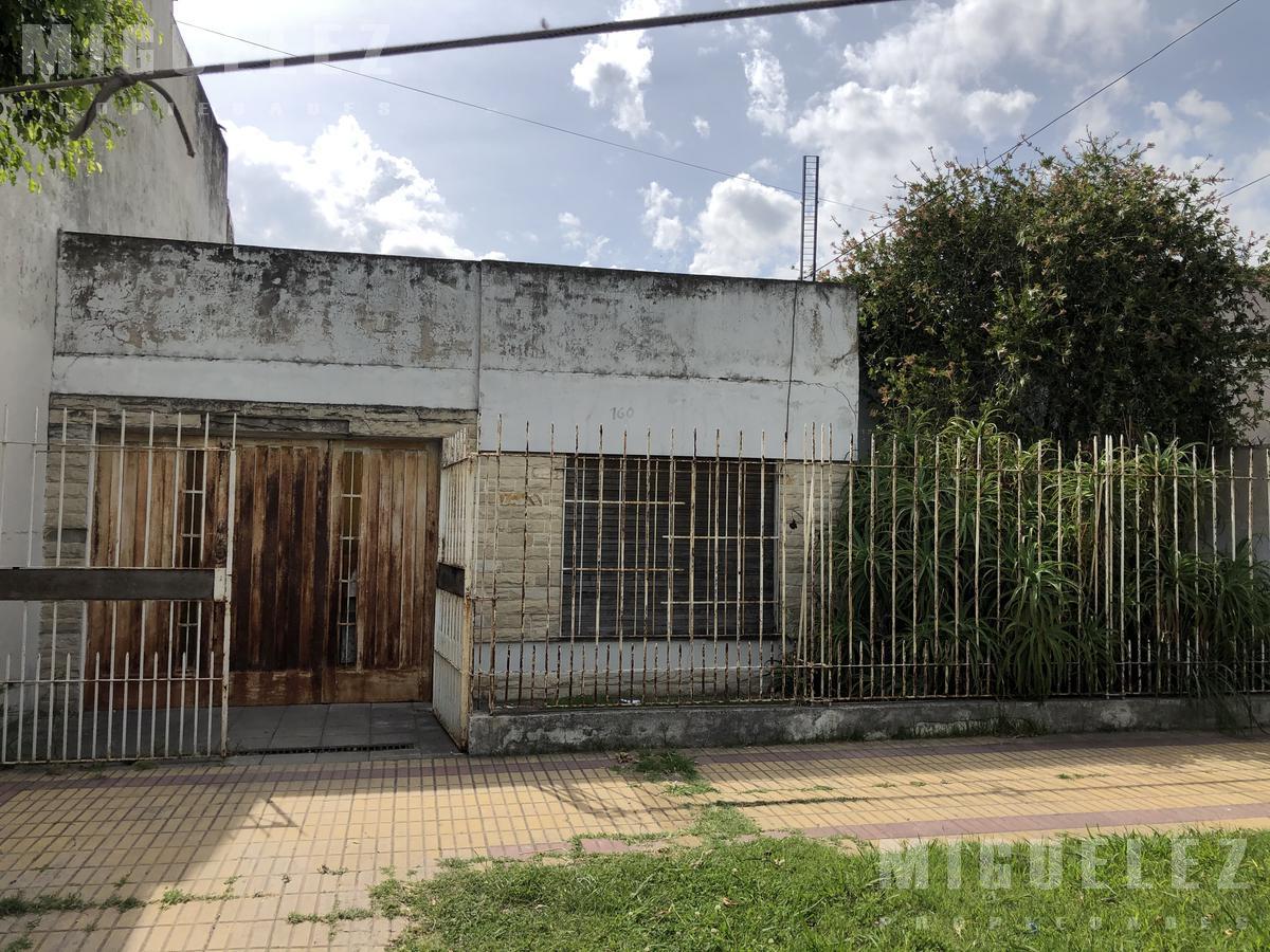 Foto Casa en Venta en  Lomas De Zamora ,  G.B.A. Zona Sur  VENTA CASA LOMAS DISCEPOLO 156 LOMAS DE ZAMORA