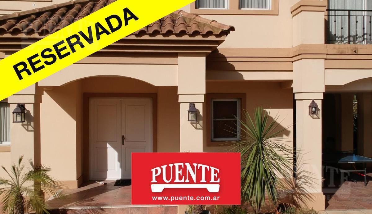 Foto Casa en Venta en  Saint Thomas,  Countries/B.Cerrado  St. Thomas - Oportunidad!