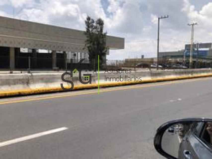 Foto Local en Renta en  Interlomas,  Huixquilucan  SKG Asesores Inmobiliarios Rentan Local en Autopista Interlomas SN