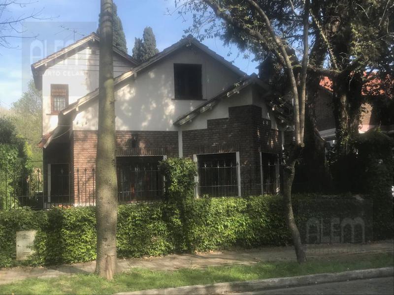 Foto Casa en Venta en  Temperley Oeste,  Temperley  Avenida Fernandez al 300
