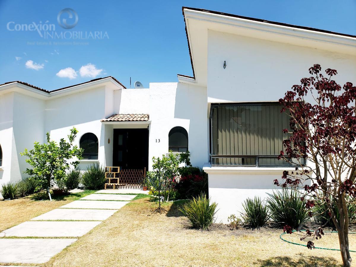 Foto Casa en Venta en  Fraccionamiento Villas del Mesón,  Querétaro  Oportunidad. Casa en Venta dentro de Privada en Juriquilla Villas del Meson