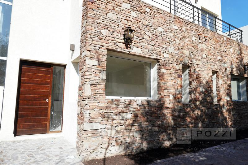 Foto Departamento en Venta en  General Pacheco,  Tigre  Corrientes al 300