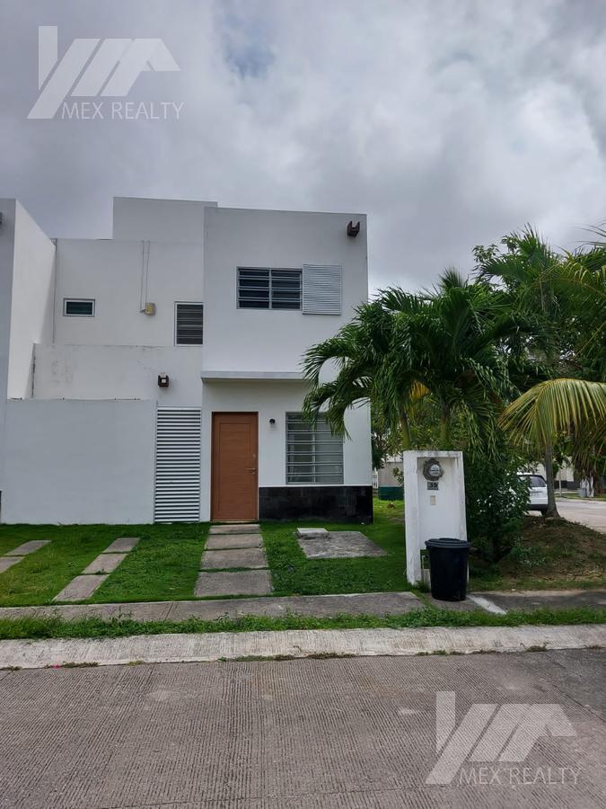 Foto Casa en Renta en  Villas del Arte,  Cancún  Casa en Renta, Villas del Arte Sm 321, Cancún, Q. Roo, 3 Recamaras, Clave CLAU70